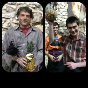 L'Emilio i el Marc rebent el Premi Pinyero