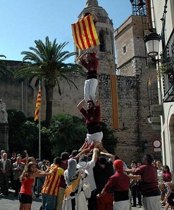 Pilar de 4 de la Jove de Sitges (cortesia de SitgesActiu)